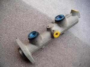peugeot 204 304 1976-83 brake master cylinder bendix 613525
