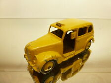 DINKY TOYS 40H AUSTIN TAXI - YELLOW 1:43 - GOOD CONDITION