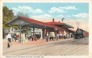 circa 1950s Del Walnut Street Looking North postcard Delaware Milford DE