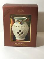 LENOX Holiday Fragrance Warmer Holly Berries Porcelain Wax Warmer