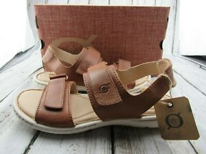 """New ~ Women's Born """"Lot"""" Brown Leather Sport Sandals Size 10 / 42 ~ B6"""