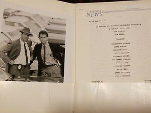 DRAGNET PARAMOUNT PRESS-KIT 11 photos 48 pps Dan Aykroyd Young Tom Hanks Rare