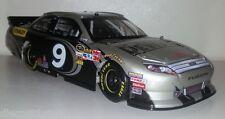 1:24 Action Marcos Ambrose 2012 Dewalt Ford Fusion NASCAR #9 - Frost Edition