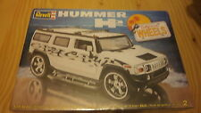 "REVELL 85-2867 HUMMER H2 ""CALIFORNIA WHEELS"" échelle 1/25."