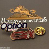 Pin's Folies *** Demons et Merveilles  Option plus Media voiture  rouge