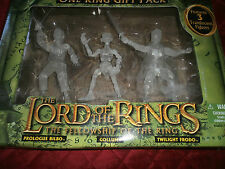 LORD OF THE RINGS THE FELLOWSHIP OF THE RING BEARERS OF THE ONE RING GIFT PACK