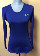 Nike Ladies Training Shirt Size Large