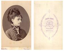 Van Lint, Portrait d'une dame  CDV vintage albumen carte de visite,  Tira