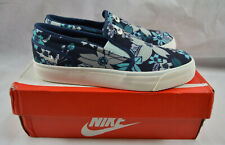 a07e63f369fc47 Nike Toki Midnight Navy Sail Fiberglass Canvas Trainer Slip On Shoe Size UK  4.5