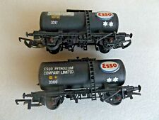 2 x AIRFIX KIT MADE ESSO TANKERS  OO GAUGE