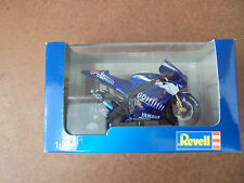 Revell Motorrad 1:22 Yamara YTR M1 World Champion 2005 rider C. Edwards