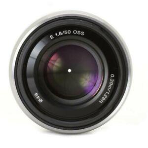 Sony E-mount 50mm f1.8 oss (silver- rare) apsc (99.99% new)