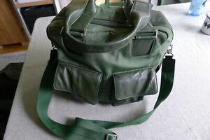 Bree Vintage Handtasche grün Stoff mit Leder kleiner Weekender