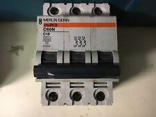 interruttore  magnetotermico 16a merlin gerin