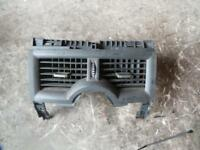 RENAULT MEGANE CENTRE AIR CON VENTS X84 12/03-08/10