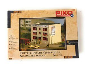 Plattenbau Polytechnische Oberschule