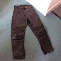 "Frank Thomas Black Leather Bikers Trousers Approx. 27"" Waist  28 Inside Leg"