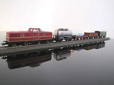 Aus Märklin H0 29711:  Güterzug mit Diesellok V80 der DB, digital, neu