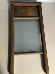 """VINTAGE- WW2 ERA VICTORY RIBBED GLASS WASHBOARD NO. 50818"""" X 8.5"""".VRY NICE COND"""