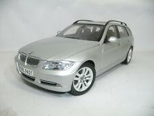p156 BMW 3er 330i E91 TOURING TITANIUMSILVER 1:18 KYOSHO DEALER VERY RARE