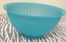 Tupperware Impressions Colander Strainer Bowl Aqua New