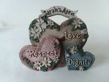 Sarah's Attic Stand 3 Hearts Love Respect Dignity Flowers Daisy 10th Anniversary