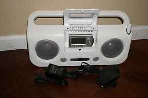 XM Audio System Boombox F5X007 with Audiovox Xpress 136-4335 Radio Receiver