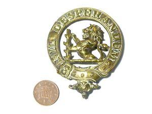 Antique Horse Brass Nil Desperandum Lion LIVERY CREST Family Arms  #HB81