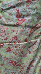 Vintage green paisley quilt eiderdown - single / feather filled