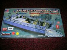 "LINDBERG 70866 "" L.C.V.P LANDING CRAFT D-DAY "" 1/32 NEW BOXED KIT , LOT # 19303"