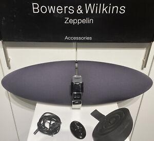 B&W Bowers & Wilkins Zeppelin mit Audio Adapter Bluetooth