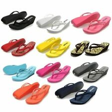 Beach Solid Med (1 in. to 2 3/4 in.) Shoes for Women