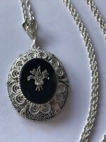 Vintage Oval Pendant Filigree Long Necklace , Chain Sterling Silver 925, 11.6g
