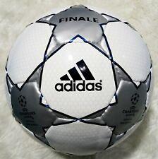 Adidas UEFA Champions League Finale 1, 2001-2002   Estrella Gris Talla 5
