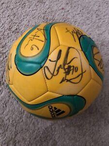 LA Galaxy Soccer ball signed Landon Donovan Kobe Jones Robbie Kean David Beckham
