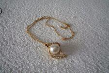 Damenkette mit Perlenanhänger