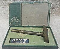 GEM Clog Pruf closed comb Vintage Single Edge Safety Razor Plus Box & Razors