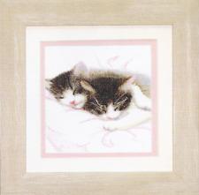 Cross Stitch Kit Lovely cats A-059
