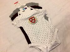 H16 NEW Harvard Crimson Infant 3 Piece Creeper Bodysuit Set SIZE 3-6 MONTH BABY