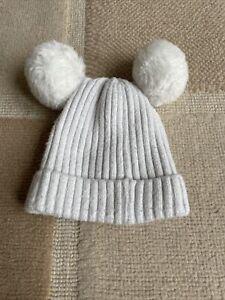 TU Girls White Winter Pom Pom Beanie Hat Age 6-12 Months
