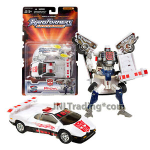 """Year 2003 Transformers UNIVERSE Exclusive Deluxe Class 6"""" Figure Autobot PROWL"""
