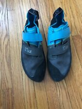 Barely Used — Five Ten climbing shoes 5.10 stealth c4 Rogue size 8.5 size 41.5