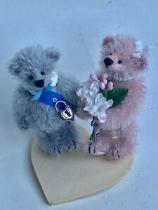 "DEB CANHAM ""WILLIAM AND KATE"" 4"" - MOHAIR BEARS IN WEDDING ATTIRE-ON STAND"