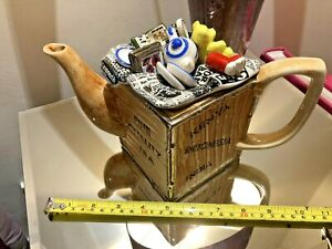 CARDEW 1988 SOUTH WEST CERAMICS COLLECTABLE NOVELTY TEAPOT CRATE PERFECT CONDITN