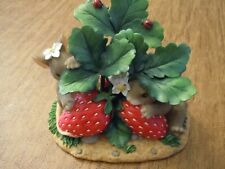 Charming Tails 'Sometimes Love Is Berry Shy' Strawberries 84/125
