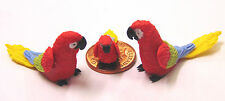 1:12 Scale 2 Parents & A Baby Red Parrot Dolls House Miniature Exotic Bird P15