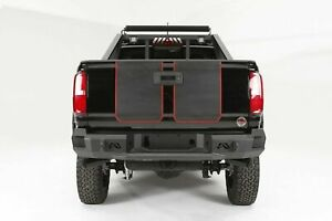 Fab Fours Matte Blk Premium Rear Bumper for 15-18 Chevy Colorado   CC15-W3350-1