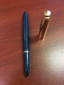 Parker 51 Vintage 1/10 12 KT Gold Filled Blue Barrel Aerometric Fountain Pen USA