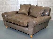 RRP £3.500TERENCE CONRAN WINSLOW LEATHER LOVE SEAT, FEATHER FILLED CUSHION