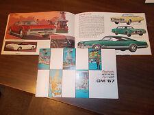 1967 General Motors (GM) Full-line Stockholder's Catalog / Great Pictures